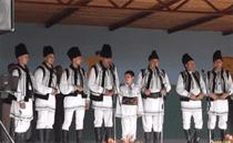 ansamblul folcloric Strajerii
