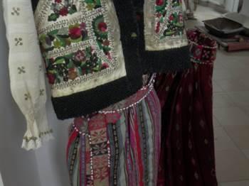 muzeu pascani - costum valoros