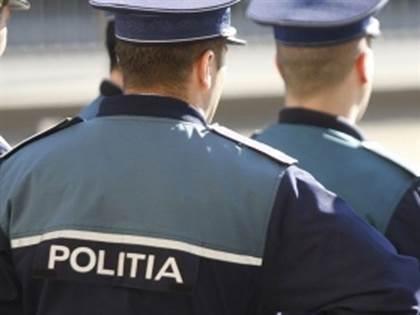 Activitate preventiva a politistilor de la Targu Frumos, cu locatarii de la blocuri